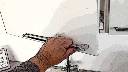 Vasenkätisen oven avaaminen vasemmalla kädellä